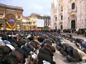Italy: Muslims Threaten and Insult Catholic Procession