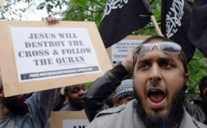 Muslims May Wear the Cross to Deceive Christians